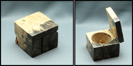 Distributeur De Roulettes, Cubique En Bois, 50x50x43mm. - TB - Stamp Boxes
