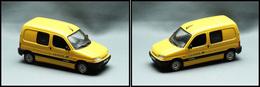 """Voitures. """"Citroën Berlingo"""", éd. Universal Hobbies. - TB - Stamp Boxes"""