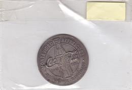 MEDALLA COCA COLA 50 ANIVERSARIO,MONTEVIDEO URUGUAY 1945~1995. PLAQUETA DIAM 6cm WEIGHT 48Grs- BLEUP - Coca-Cola