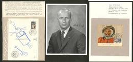 Lettre Conquête De L'Espace. 1965-1970, Photos, Cartes Illustrées, EP, 20 Ex Tous Avec Autographes Dont Gagarine, 1 Croq - Collections (en Albums)