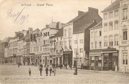 St-Trond / St-Truiden : Grand'Place Met Uithangborden Winkels - Sint-Truiden