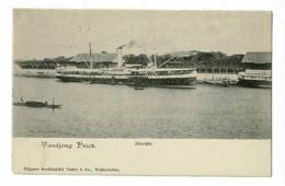 """Carte Précurseur - Zeezijde - Tandjonkg Priok (le Navire à Vapeur """"De Kleek"""" Est à Quai) Pas Circulé, UPU - Antilles Neérlandaises"""