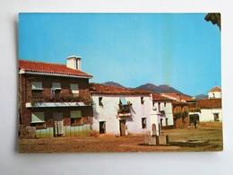 C.P.A. : NAVALVILLAR DE IBOR (caceres) : Vista Parcial, Plaza General Franco - Cáceres