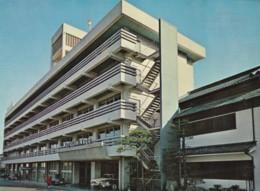Hinago Hotel Unknown Location In Japan, Autos, C1970s Vintage Postcard - Japan