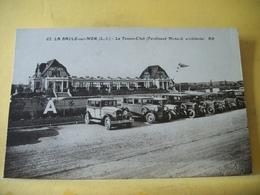 44 6176 CPA - 44 LA BAULE SUR MER. LE TENNIS-CLUB (FERDINAND MENARD, ARCHITECTE) - NOMBREUSES AUTOS - Voitures De Tourisme