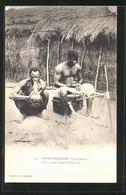 CPA Congo Francais, Types Bassoko, Fumeur De Liamba, Afrikaner Avec Wasserpfeife - Ethniques & Cultures