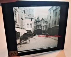 Photo Sur Plaque De Verre Début XXe - DINAN - La Place - Pharmacie Centrale - Bretagne Cotes D' Armor - Plaques De Verre