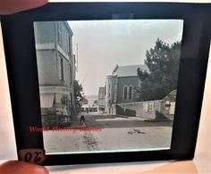 Photo Sur Plaque De Verre Début XXe - SAINT PAIR Sur MER - Magasin à L'angle D'une Rue à Situer - Normandie Granville - Glass Slides
