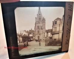Photo Sur Plaque De Verre Début XXe - DREUX - L' Hôtel De Ville - Magasin Au Progés - Boulangerie - Eure Et Loir - Glass Slides
