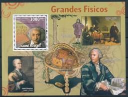 NB - [401174]Guiné-Bissau 2008 - Grand Physiciens, Isaac Newton, Leonhard Paul Euler, Albert Einstein - Physics