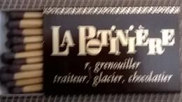 La Potinière à Lyon - Boites D'allumettes