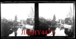 Plaque De Verre Stéréo - Les Quais, Un Pont Et Le Temple - METZ 57 Moselle - Grande Taille 178 X 88 Mlls - Plaques De Verre