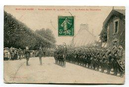CPA  10 : BAR SUR AUBE  Revue Militaire   VOIR  DESCRIPTIF  §§§ - Bar-sur-Aube