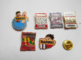 Belle Série De 6 Pin's Différents , Bonbons Haribo , Tagada , Ours D'or , Chamallows ; Zigoto - Food