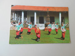 THAÏLANDE BANGKONG THE NAIL DANCE STAGE BY THE DANCERS........NATINAL MUSEUM - Thaïlande