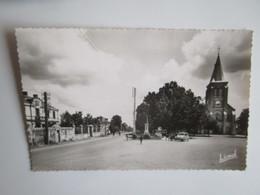 Cersay. L'Eglise Et La Mairie. Lionel - Autres Communes
