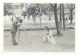 Photo Ancienne Sidi Bel Abbès, Algérie, Cinéaste , Caméra - Personnes Anonymes