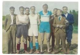 Photo Ancienne Colorisée / Peinte - Groupe D'hommes, Sportifs - Personnes Anonymes