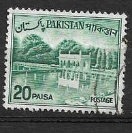 PAKISTAN   1962 Viste Del Paese - Ridisegnato Con Scritta In Bengalese In Alto A Destra, Tipo II Used   Shalimar Gardens - Collections (en Albums)