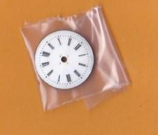 Horlogerie Petit Cadran Ancien  Montre Femme émail  (2,5 Cm )TBE - Bijoux & Horlogerie