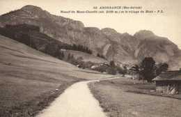 ABONDANCE (Hte Savoie ) Massif Du Mont Chauffé (alt 2100m) Et Le Village Du Mont RV - Abondance