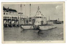 Hydroglisseur GENIAL (voir Flotteur) ; Le HAVRE - TROUVILLE . Capitaine DIAL. Vers 1935 ; (inventeur : REMY ) - Trouville