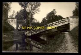 GUERRE 14/18 - ST-GERMAIN (MARNE) - PONT METALLIQUE DETRUIT ET RECONSTRUIT LE 31 MAI 1915 - 2 PHOTOS FORMAT 16.5 X 11 CM - Guerre, Militaire