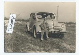 AUTOMOBILE 4 CV De Chez Renault   - Photo Originale 10.3 X 7.4 Cm - Coches