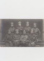 Carte Photo - Groupe De Soldats ( Femmes ) - Militari
