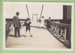 Sur Le Pont De SERRIERES à SABLONS,  Août 1932. - Lieux