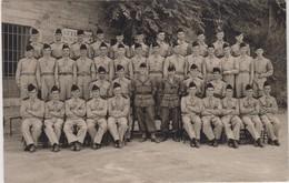 Carte Photo -  Groupe De Militaires - Army & War
