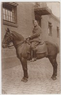 Carte Photo - Militaire Sur Cheval - Army & War