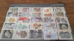 LOT 435970 TIMBRE DE MONACO NEUF** LUXE BLOC - Collections, Lots & Séries