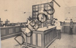 Postkaart - Carte Postale TIENEN/Tirlemont Raffinerie Tirlemontoise, Salle Du Laboratoire Suikerraffinaderij (K104) - Tienen