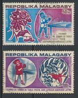 °°° MADAGASCAR - Y&T N°137/38 PA - 1974 °°° - Madagascar (1960-...)