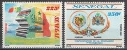 Sénégal - YT 573-574 ** - 1982 - Sénégambie - Sénégal (1960-...)