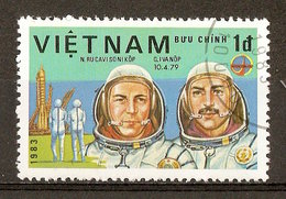 1983 - Journée De L'astronautique - Cosmonautes Rukavishnikov Et Ivanov - Programme Intercosmos - N°414 - Viêt-Nam