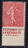 PUBLICITE: SEMEUSE LIGNEE 50C ROUGE LA REDOUTE-filatures BAS ACCP 463* - Advertising