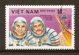 1983 - Journée De L'astronautique - Cosmonautes V. Koubassov Et B. Farkas - Programme Intercosmos - N°415 - Viêt-Nam