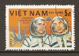 1983 - Journée De L'astronautique - Cosmonautes Dzhanibekov Et Gurragcha - Programme Intercosmos - N°418 - Viêt-Nam