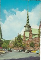 The Exchange And Old Cars. Copenhagen Denmark B-3366 - Buildings & Architecture