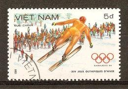 1984 - Jeux Olympiques à Sarajevo - Saut à Skis -  N°483 - Viêt-Nam