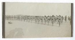 Ancienne Photographie Photo Militaire Tirailleurs Sénégalais à L'entrainement Dans La Désert ? Tirailleur No CPA - Oorlog, Militair