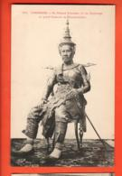 TRL-15 Cambodge Sa Majesté SISOWATH Roi Du Cambodge En Costume De Couronnement. .Indochine-Française.Non Circ. - Cambodia