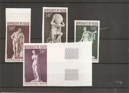 Sculptures (  ( 295/298 Non Dentelés XXX -MNh- Du Niger) - Beeldhouwkunst