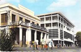 DJIBOUTI Place Lagarde ( Chambre Commerce ) CPSM  PF 1965 ( Timbre 20 F Juillet 1962 1ère Liaison TV Par Satellite ) - Djibouti