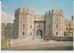 Postcard - Windsor Castle, Berkshire - Henry Viii Gateway Card No.pbk21546  - Unused  Very Good - Unclassified