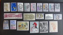 FRANCE - Année 1983 - 39 Timbres ** Neufs Sans Charnière Différents - Timbres