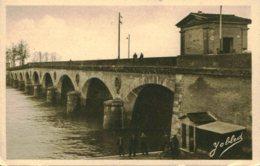33- CPA Libourne - Le Pont - Libourne