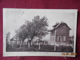 """CPSM - Jullouville - Villa """"Ty Plouz"""" - France"""
